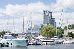Jachtu morze i port Górujemy w Gdynia Zdjęcia Royalty Free