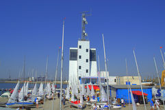 Jachtu port i wieża kontrolna, Burgas Fotografia Royalty Free