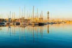 Jachtu port w Barcelona przy wschodem słońca Podróż Hiszpania Obraz Royalty Free