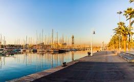 Jachtu port w Barcelona przy wschodem słońca Podróż Hiszpania Obraz Stock