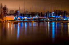 Jachtu schronienie przy nocą Obraz Royalty Free
