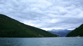 Jachty, łodzie, statki w zatoce Kotor zbiory
