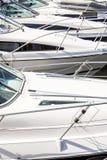 Jachty cumowali przy Boweness na Windermere, Jeziorny Windermere Obraz Stock