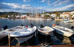 Jachty i łódź w schronieniu Zdjęcia Royalty Free