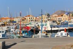 Jachty przy Aegina wyspą - Grecja Zdjęcia Stock