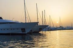 Jachty w marina zdjęcia stock