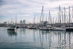 Jachty w porcie Barcelona Zdjęcia Royalty Free