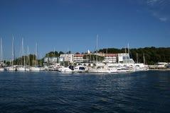 Jachty w Rovinj schronieniu w Chorwacja Zdjęcia Royalty Free