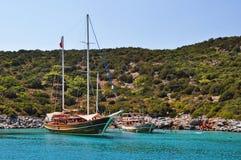 Jachty w schronieniu w morzu egejskim blisko Bodrum Obrazy Royalty Free