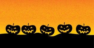 Jack o ` lampion w posępnie krajobrazie typowym dla okresu Halloween ilustracji