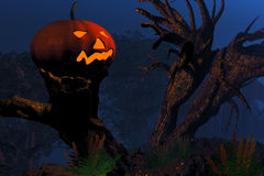 Jack O'Lantern on a tree stump Royalty Free Stock Photography