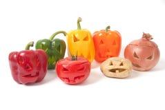 Jack-o-Lanternes fabriquées à partir de des fruits et légumes Photographie stock