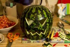 Jack& x27; Linterna de O hecha de la sandía para Halloween Foto de archivo libre de regalías