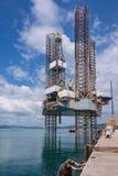 Jacks Ölplattform oben an der Werft Stockfoto