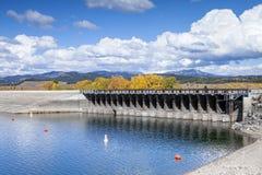 Jackson湖水坝 免版税库存照片