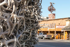 Jackson Hole - πόλης κέντρο με το φραγμό κάουμποϋ Στοκ εικόνες με δικαίωμα ελεύθερης χρήσης