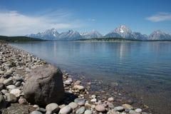 Jackson jezioro & Uroczysty Tetons  Zdjęcia Stock