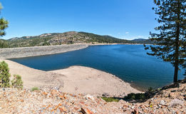Jackson Meadow Reservoir Arkivfoto