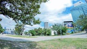JACKSONVILLE FL, KWIECIEŃ, - 8, 2018: Miasto ulicy jak widzieć od mo fotografia royalty free