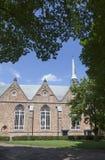 Jacobijner kyrka i mitt av leeuwarden i Nederländerna Royaltyfria Bilder