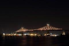 Jacques Cartier Bridge Illumination in Montreal Montreal's 375ste verjaardag lichtgevende kleurrijke interactief stock afbeelding