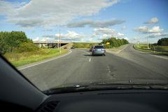 jadąc autostradą skręta zdjęcia stock