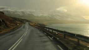 Jadący w Iceland, Snowing zbiory