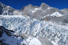 Jade de dragon de montagne de neige Images stock