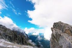 Jade Dragon Snow Mountain image stock