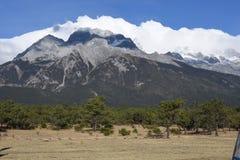 Jade Dragon Snow Mountain immagini stock