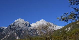 Jade Dragon Snow Mountain Royalty Free Stock Photos