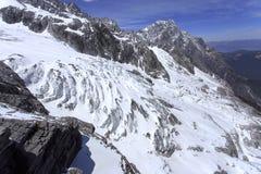 Jade Dragon Snow Mountain Photos libres de droits