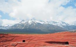 Jade Dragon Snow Mountain Photographie stock