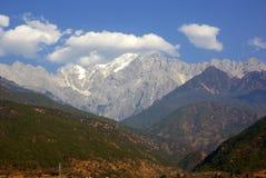 Jade Dragon Snow Mountain, Lijiang, provincia de Yunnan, China Imagen de archivo libre de regalías
