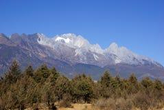 Jade Dragon Snow Mountain, Lijiang, provincia de Yunnan, China Imagen de archivo