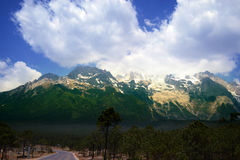 Jade Dragon Snow Mountain, Lijiang, Yunnan Royalty Free Stock Photography
