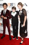 Jaden Michael Oakes Fegley, Millicent Simmonds Royaltyfri Foto