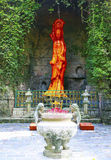 Jadestatyn av avalokiteshvarakvinnlign buddha Arkivfoton