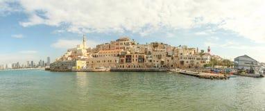 Jaffa con Tel Aviv en el fondo imagen de archivo