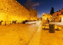 Jaffa-Tor der alten Stadt nachts, Jerusalem Stockbilder
