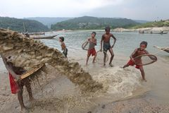 Jaflong-Steinpunkt bei Sylhet Stockbild