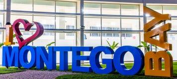 Jag älskar det Montego Bay/I hjärtaMontego Bay tecknet på Sangster den internationella flygplatsen royaltyfria bilder