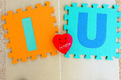 Jag älskar dig alfabetet med röd hjärta Arkivbild