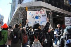 Jag ser dig, NRA, mars för våra liv, protesten, NYC, NY, USA Arkivbild