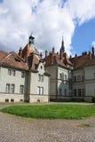 Jaga slotten av räkningen Schonborn i Carpaty arkivbild