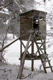 Jagd-Kontrollturm am Winter Stockbilder