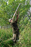 Jager die vogels streeft royalty-vrije stock afbeeldingen