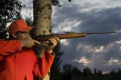 Jager met geweer Stock Afbeelding