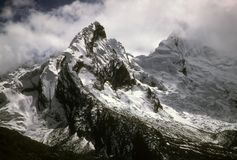 Jagged snow capped peaks Royalty Free Stock Image