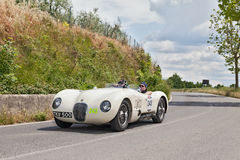 Jaguar C-Type (1952) in Mille Miglia 2014 Lizenzfreie Stockfotografie